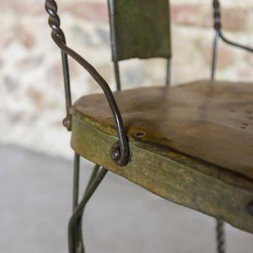 Sedia in ferro antico