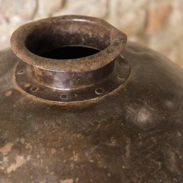Vasi in ferro